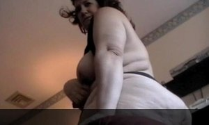 LADY BIG PEACE BBW BIG ASS BLOWJOB AND BENT OVER ANF FUCKED